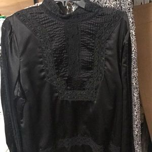 Really cute vintage looking BCBG blouse
